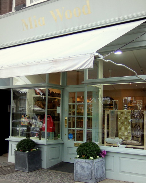 Mia Wood - Kew Shop