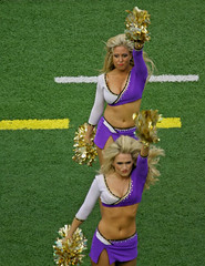 BALTIMORE RAVENS CHEERLEADERS (nflravens) Tags: football nfl baltimore pro hunter ravens americanfootball nflfootball baltimoreravens nflcheerleaders profootball ravensfootball ravenscheerleaders nflravens shoreshotphotography baltimoreravenscheerleaders baltimorefootball baltimorecheerleaders