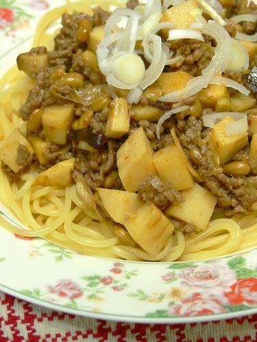 挽肉とタケノコと納豆のスパゲティ
