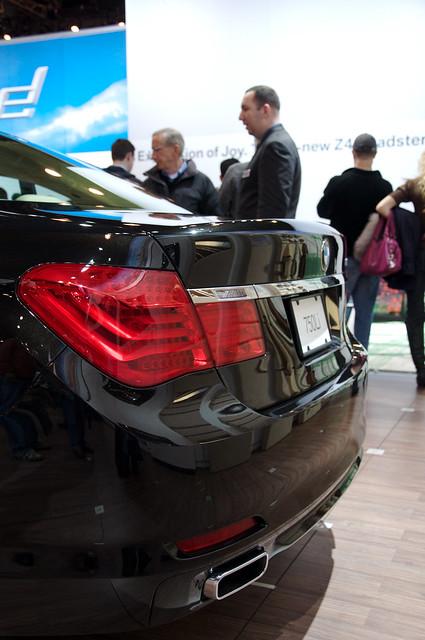autoshow bmw 2009 750 nyautoshow