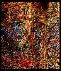Lovers (paololongo48) Tags: muro graffiti casa colore verona astratto giulietta