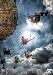 Blast off (A.G. Photographe) Tags: park sky cloud paris france french amusement nikon ride sigma carousel fair ciel ag amusementpark enfants uga nikkor nuage merrygoround childs funfair parc mange 1224mm franais foire hdr parisian attraction rire carrousel francais 1224 anto photographe xiii amusementride foiredutrne parisien parisan trne photomatix hdr1raw parisen d700 1224mmsigma ultragrandangle antoxiii agphotographe