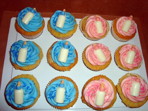 I Had These Tiny Baby Bottle Chocolate Molds That I Had Ordered For A Baby  Shower Iu0027m Doing This Weekend. I Topped The Cupcakes With Frosting,  Sprinkles, ...