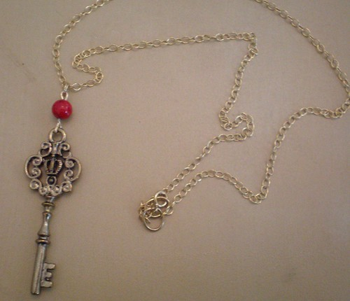 key necklace red