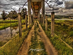 Puente Catoira (Fran J. Nez (franjosen)) Tags: puente fujifilm perspectiva catoira superphotographer flickrhappy flickrawards flickrestrellas s100fs franjose platinumpeaceaward flickrunitedaward