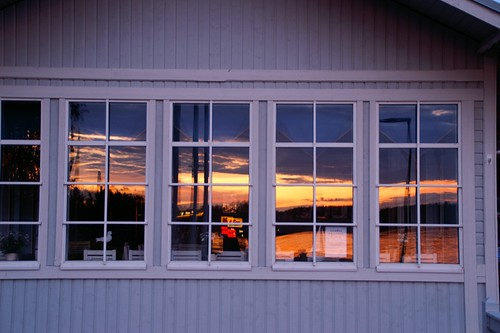 "Heinola: Sunset • <a style=""font-size:0.8em;"" href=""http://www.flickr.com/photos/26679841@N00/3795145595/"" target=""_blank"">View on Flickr</a>"