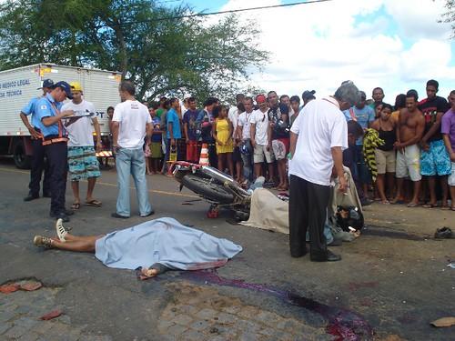 Acidentes com três vítimas fatais, neste domingo, em 16-08-09... 031 por você.