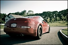 350z's hoooot ass (Amozic) Tags: red black car race nissan driver rims 350z blackrims darius 350zrims 350zblackrims
