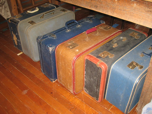Suitcases for Warrenton
