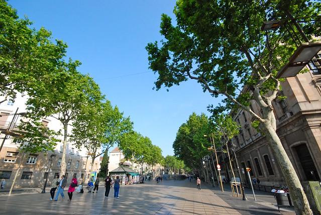 跑在 Barcelona, Spain。