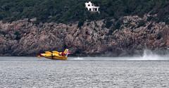 Despegando (ibzsierra) Tags: sea mer plane canon mar aviation ibiza 7d eivissa aire incendio bomberos avion baleares español ejercito cl415 bombardier forestal aviacion hidroplane grupo43 hidravion 25052011
