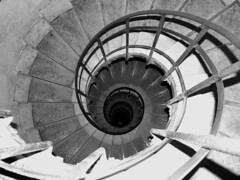Spiral Staircase at the Arc (Donna Corless - PhotosAndArt.com) Tags: blackandwhite white abstract black paris france architecture stairs spiral steps arc staircase blackdiamond architecturalelements donnacorless artlegacy