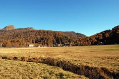Alpe Devero (aletermignone) Tags: autumn italy mountain alps landscape autunno alpi montagna paesaggio alpino parconaturale devero alpedevero autunnale valleantigorio ossola nikoncapturenx