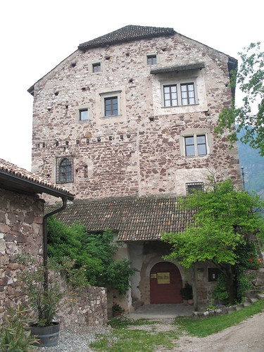 Schloss Moos in Eppan Berg - Museum für mittelalterliche WohnkulturSchloss Moos in Eppan Berg - Museum für mittelalterliche Wohnkultur