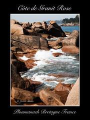 Cte de Granit Rose (Jerome Mercier) Tags: leica blue sea mer france stone landscape britain wave bretagne cte bleu paysage vague roches cume granit ploumanach cotedarmor granitrose leicadigilux3 bookjm