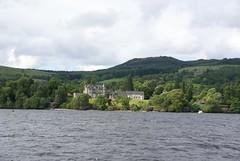 DSC09057 (Ego Breed) Tags: zeiss scotland sony alpha lochlomond cameronhouse a100 celticwarrior sal1680z 1680z