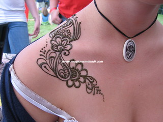 Arabic inspired shoulder henna