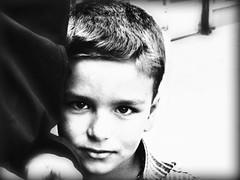 iran maggio 2009 (anton.it) Tags: trip portrait people eyes child faces iran digitale persia occhi sguardo iranian ritratti viaggio volti bambino tabriz canong10 platinumpeaceaward iranianspeople iraniansfaces antonit mygearandmepremium