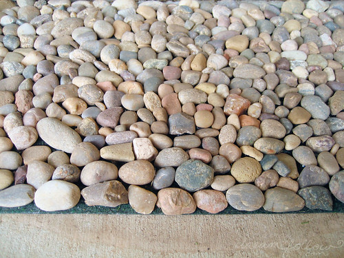 river rock mat