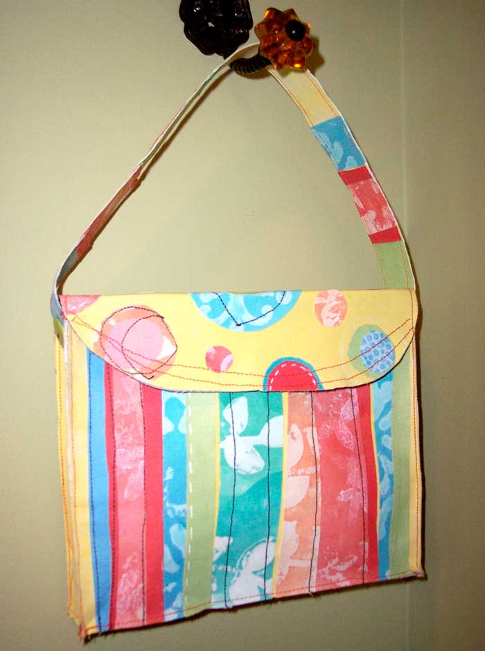 sticky_back_purse
