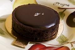 caramel chocolate tart with salt on top