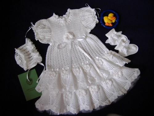 Beyaz Örgü Bebek Elbise Patik ve Şapka Takımı