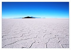 Salar de Uyuni (Botond Horvth) Tags: road travel blue wild sky panorama naturaleza sun cold color bus history tourism southamerica nature rock america canon landscape nice interesting ancient desert natural 4x4 path south salt bolivia paisaje harmony latin desierto 2008 salar pathway sal uyuni camioneta famousplaces flickrsfinest canon400d alemdagqualityonlyclub vosplusbellesphotos