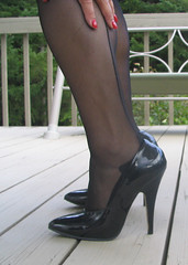 Staple Patent Leather Stiletto's (PierPressure) Tags: feet zapatos heels stilettos nylons 5inches pierpressure backseamedstockings