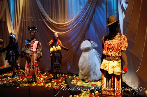 Christian Lacroix the costumier exhibition
