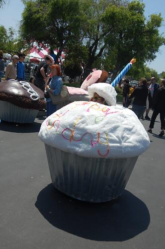 cupcake car 1