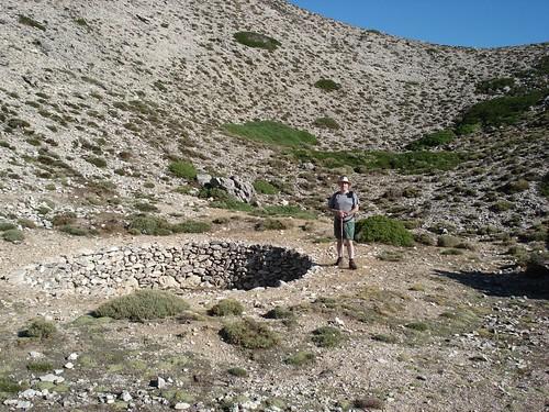 Antiguos neveros en Sierra Mágina.