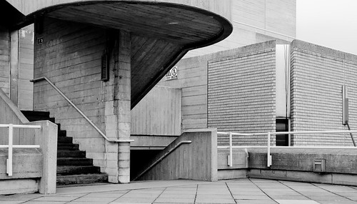 Pedestrian space on the Brutalist Royal National Theater in London. Photo by bbodien.