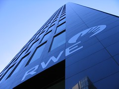 Dortmund, RWE-Tower (c-h-l) Tags: 2003 city sky urban building architecture germany deutschland march himmel stadt architektur nrw gebude dortmund mrz skyscaper rwe flickrsbest bej abigfave platinumphoto anawesomeshot platinumheartaward