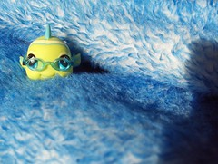 blue fish eyeglasses lps
