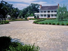 "Driveway and entrance • <a style=""font-size:0.8em;"" href=""http://www.flickr.com/photos/36642140@N07/3383250266/"" target=""_blank"">View on Flickr</a>"
