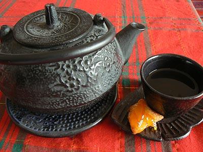 thé au jasmin et beignet.jpg