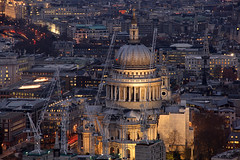 London St. Paul's Cathedral (david.bank (www.david-bank.com)) Tags: uk england london church bar twilight europe crane religion stpauls vertigo cranes bluehour stpaulscathedral tower42