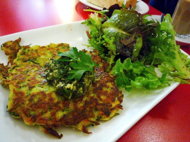 Demitasse zucchini fritters with salsa verde