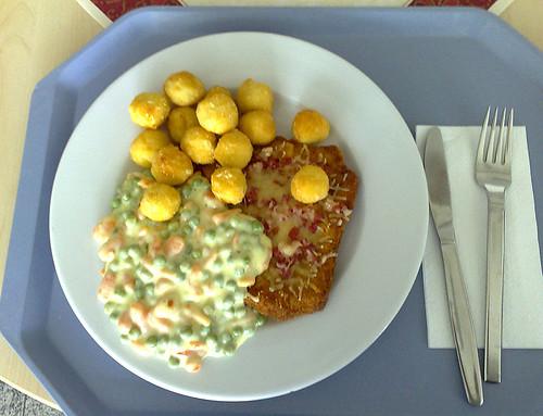 Schinken-Käse-Schnitzel mit Mandelbällchen