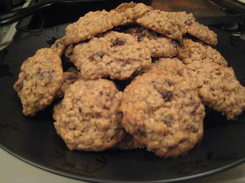 Oatmeal Rum Raisin Cookies