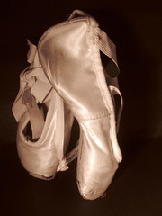 (melloveschallah) Tags: ballet dance shoes pointe danceshoes toeshoes bloch pointeshoe