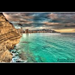 Llevant (Salva Mira) Tags: sea sky castle beach clouds mar aquamarine playa cel cielo nubes benidorm platja castell nvols aguamarina levante aquamarina llevant canfali salvamira