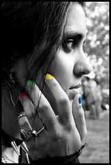 * (Cirilla *) Tags: madrid woman blancoynegro girl mujer colores manuela questions pensar horizonte nariz morena anillos periodismo pinchos uñas preguntas cicatriz pensativa pircing ciudaduniversitaria