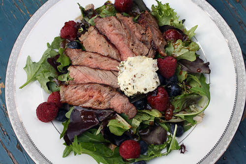 Summertime Salad: Steak, Berries and Goat Cheese with Apricot-Balsamic Vinaigrette 2