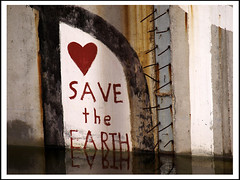 Save the Earth (sulamith.sallmann) Tags: signs berlin english love sign writing germany deutschland typography heart symbol earth text capital hauptstadt save language orte typo schrift mitte herz deu liebe symbole sprache zeichen englisch spruch typografie schriftzeichen st0