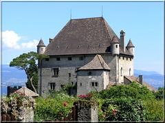 Le Chteau d'Yvoire (eric lor'n) Tags: olympus hautesavoie c8080wz c8080 yvoire