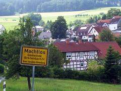 Machtlos (happycat) Tags: sign germany hessen schild written schrift halftimbered fachwerk machtlos lkhersfeldrotenburg machtlosbreitenbachamherzberg