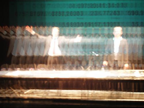 Performance Hyperghetto im Mousonturm von Oliver Augst und Christoph Korn. Februar 2006