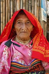 Kuna woman (sensaos) Tags: people america islands san indian culture tribal latin latino panama indios isla islas cultura blas kuna indio indigenous peuple famke mensen indigena sensaos