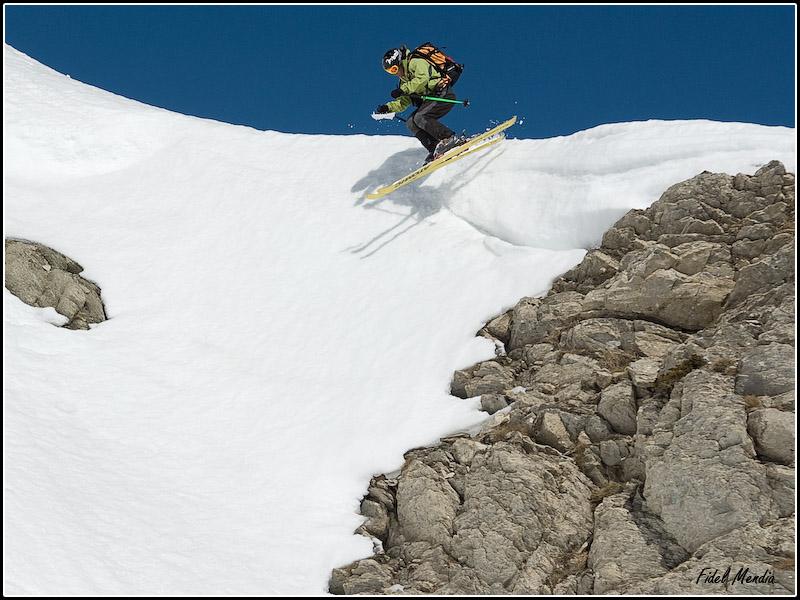 Ian entrando al tubo del Orhi